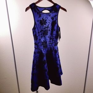 Studio City Womans Blue Embroidered Dress XSmall